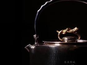 李小白银壶金藤
