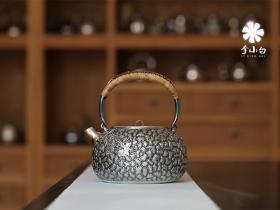 李小白银壶葡萄壶价格