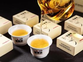 醉春秋·冰岛普洱茶散茶(生茶)
