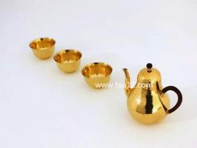 金壶:金有匠心器自美