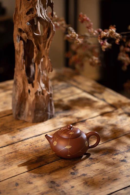 汤宣武紫砂壶作品冰梅