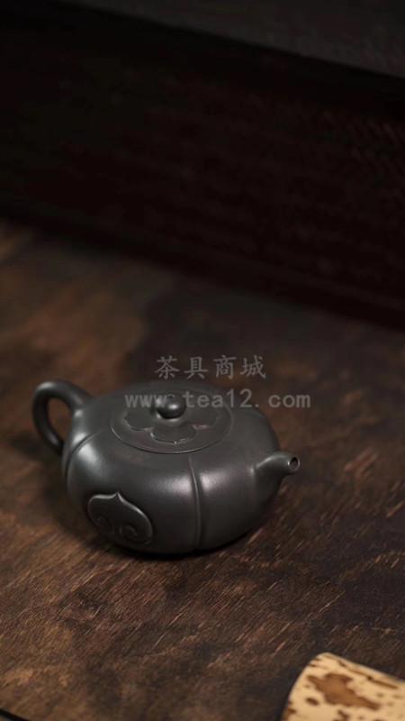 汤华刚紫砂壶底款是什么样的?