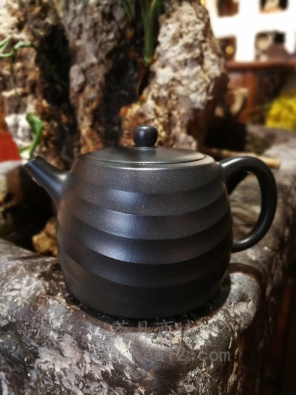 汤宣武紫砂壶作品还原烧濯月