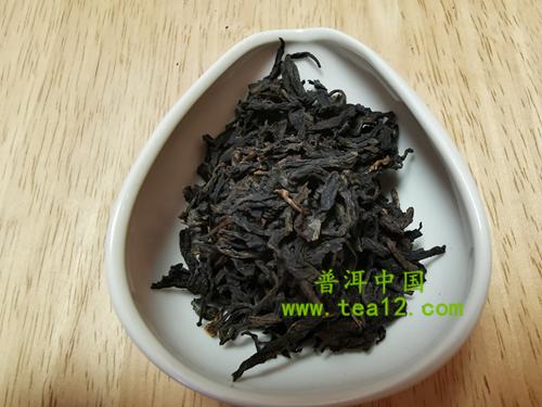 88青饼普洱茶