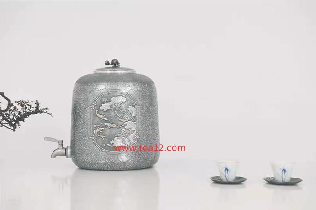 纯银手工水缸鱼戏荷池银水缸一张打