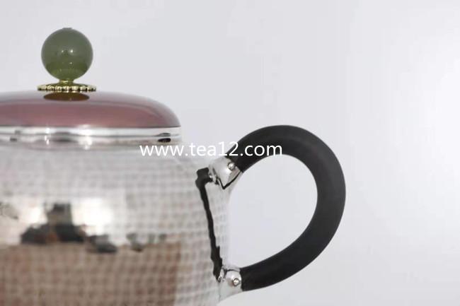 银壶纯银纯手工一块打作品:铜包银盖齐锤纹银壶大师作