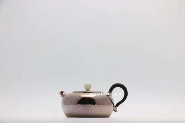 扁形泡茶银壶