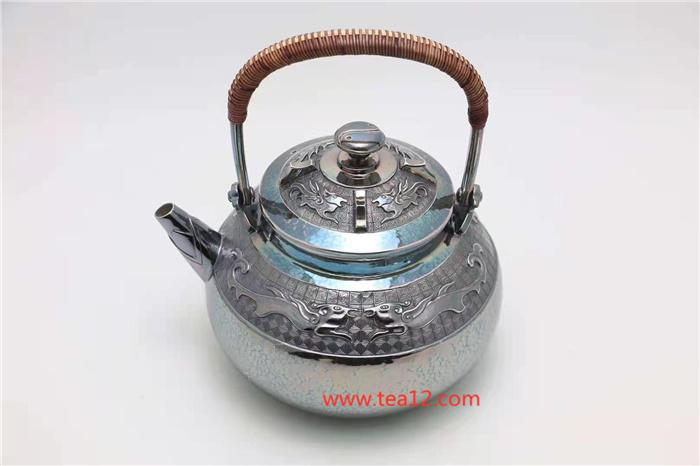 银壶盛世饕餮纹及银壶图片欣赏