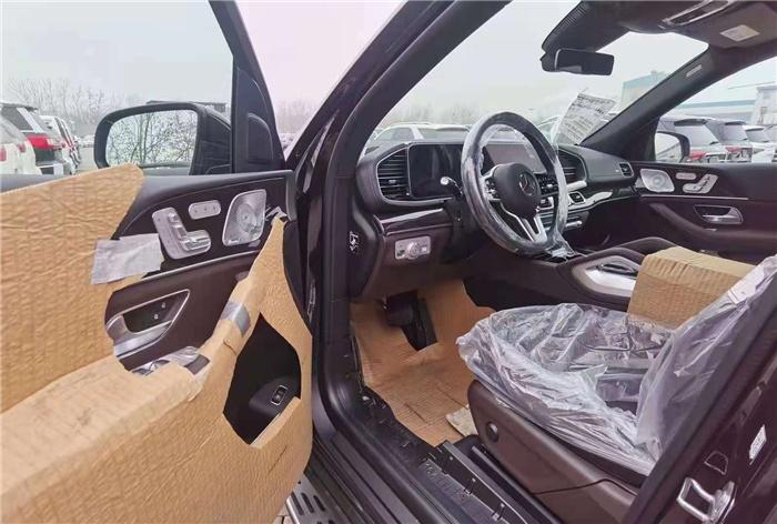 奔驰GLS450黑咖色2021款报价